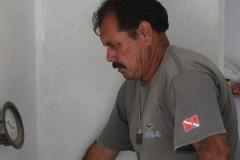 Mario-Castro-at-work